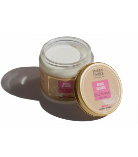 Shea butter and tiare flower balm in glass pot from Marius Fabre