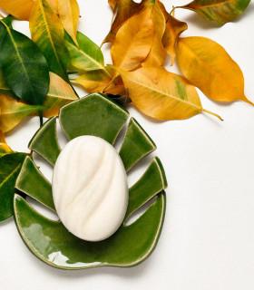 Porte savon en céramique en forme de feuille de monstere, Takaterra