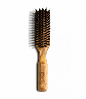 Anae's natural hairbrush with boar bristles