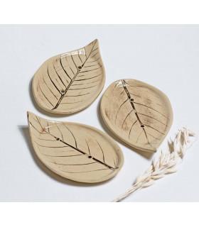 Porte savon artisanal, en céramique en forme de feuille, Takaterra