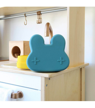 BPA free snackie and lunch blue box for boys and girls of We might be tiny