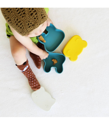Silicone snackie and lunch blue box for boys and girls of We might be tiny