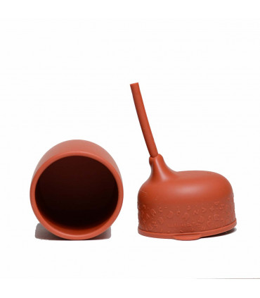 Rust silicone cup lid from We Might Be Tiny