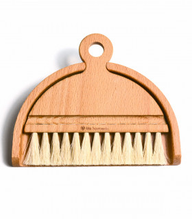 Iris Hantverk table brush set with pan
