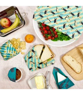 Sandwhiches wrapped in beeswax coated food wraps