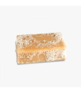 Foamy organic clémence et vivien caramel colored La vahine bar soap