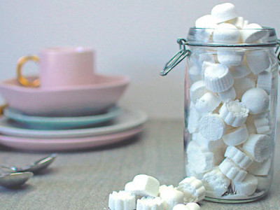 How to make a homemade dishwasher detergent tablet?