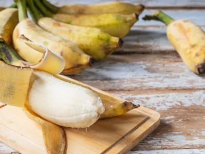 How to reuse a banana peel?