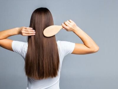 Which hairbrush to choose for fine hair?